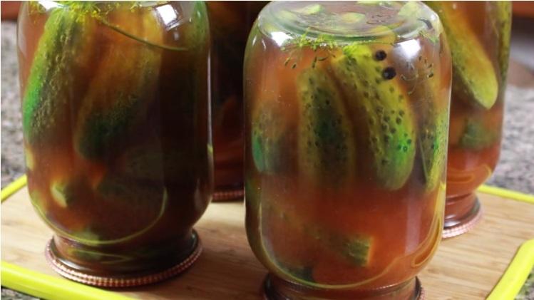Огурцы с кетчупом Чили на зиму в литровых банках без стерилизации (рецепт на 1 литр)