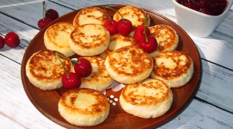 Рецепт пышных и вкусных сырников из творога с манкой как в детском садике