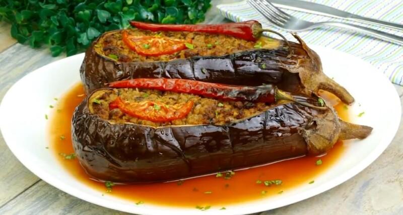 Вкусные фаршированные овощами баклажаны, запеченные в духовке — быстрый фото-рецепт