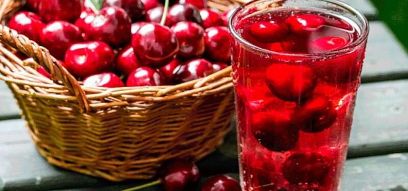 Вкусный рецепт компота из вишни на зиму с мятой