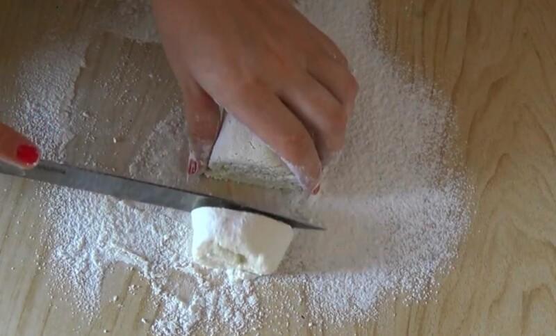 нарезать колбаску