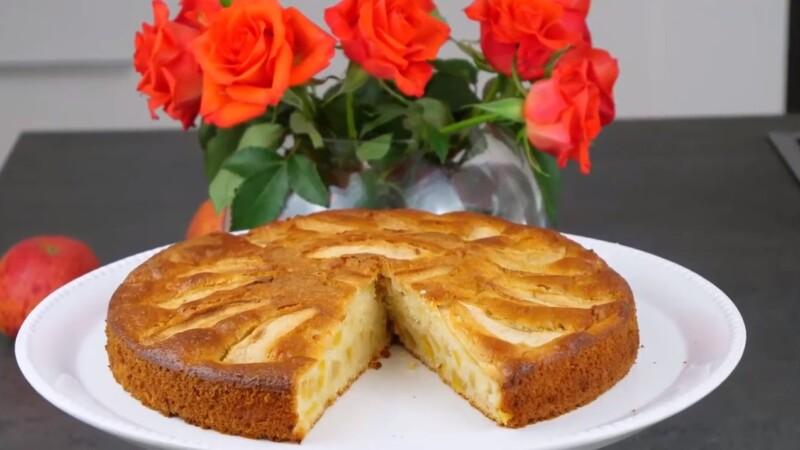 Как приготовить яблочный пирог на кефире быстро, просто, экономно и очень вкусно