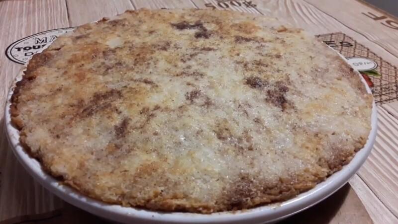 Насыпной яблочный пирог «Три стакана» — очень простой и вкусный рецепт