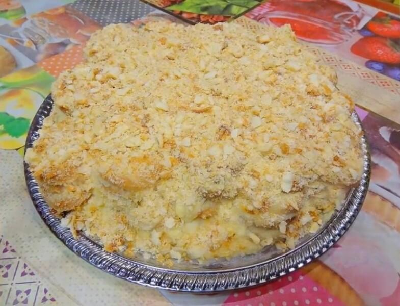 Рецепт торта Наполеон без выпечки из печенья ушки – быстрый десерт за 10 минут