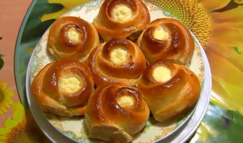 Самые вкусные ватрушки розочки из дрожжевого теста — пошаговый рецепт в духовке