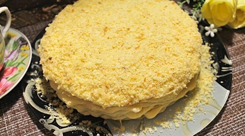 Торт Наполеон на сковороде со сгущенкой — нереально вкусный и быстрый рецепт советских времен