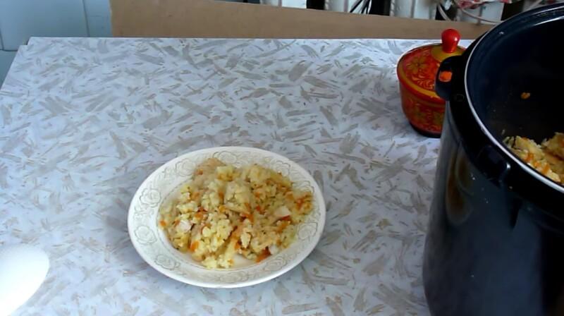 Как приготовить плов в мультиварке Редмонд с курицей, чтобы рис был рассыпчатым