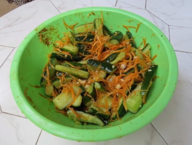Рецепт огурцов по-корейски на зиму с приправой для корейской моркови