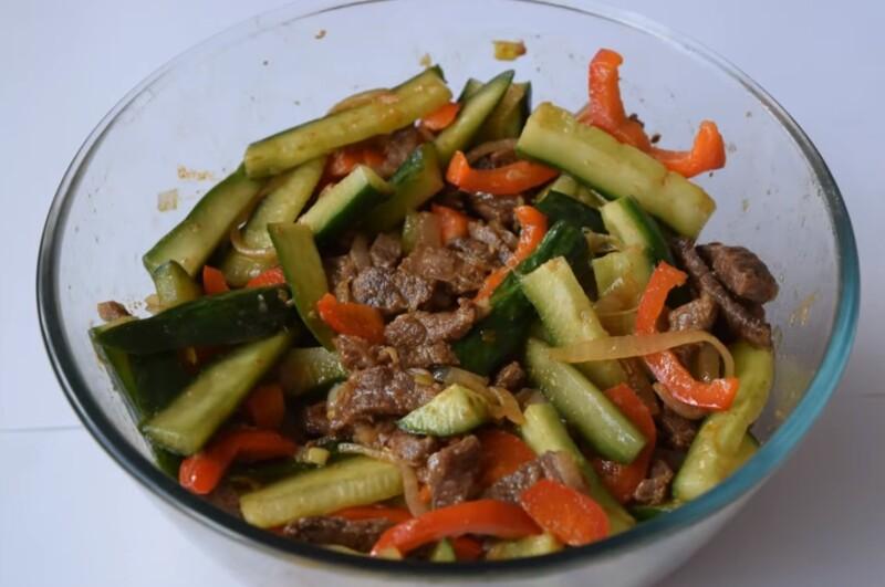 Салат из огурцов по-корейски с мясом. Самый вкусный рецепт корейских огурцов