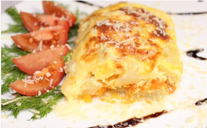 Горбуша с ананасом и сыром, запеченная в духовке под сырной корочкой
