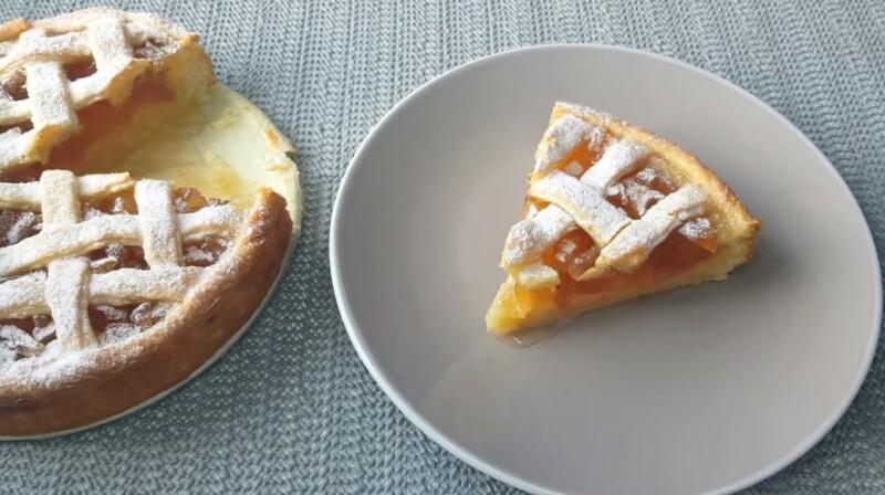 Насыпной пирог с абрикосовым вареньем по очень вкусному рецепту