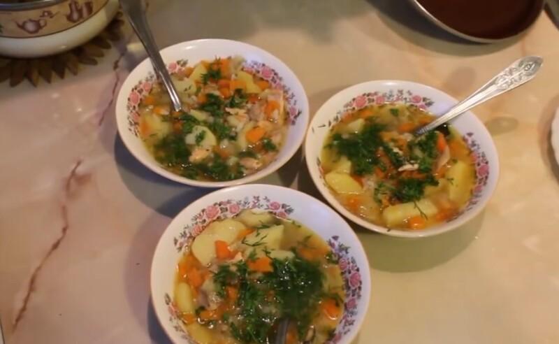 Вкусный рыбный суп из головы и хвоста форели