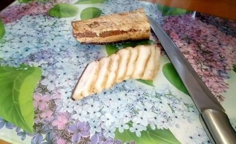 Как варить сало в луковой шелухе с соевым соусом