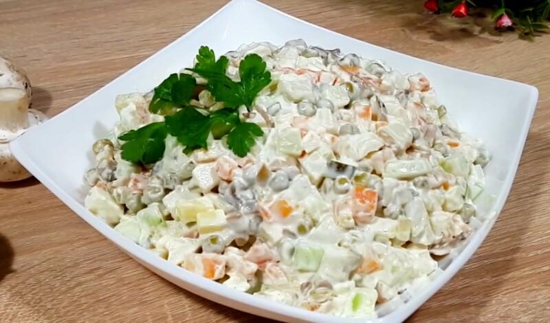Салат Оливье — 14 классических рецептов очень вкусного салата