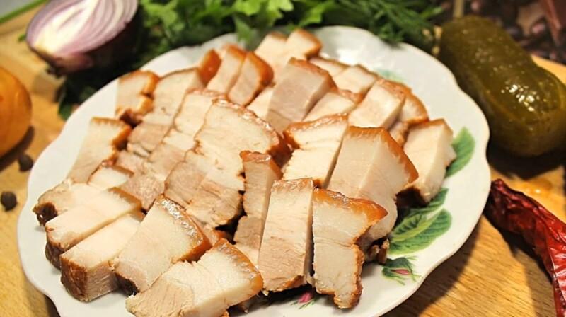 Сало в луковой шелухе — самый вкусный рецепт вареного сала