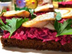 Бутерброды с селёдкой —16 простых и вкусных рецептов на праздничный стол