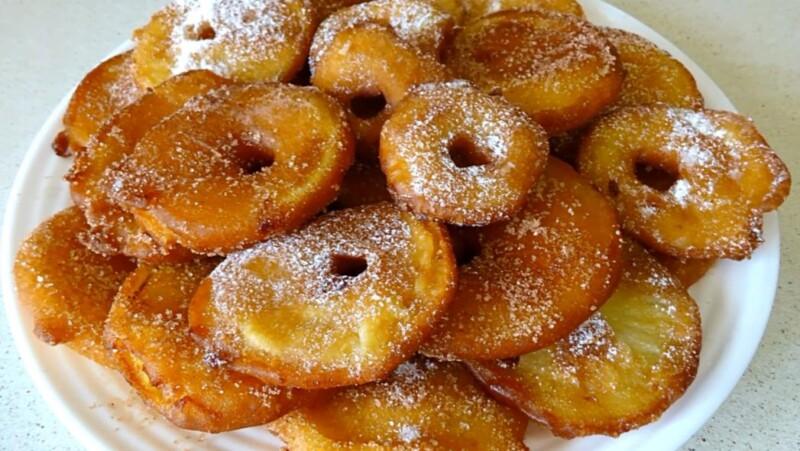 Яблочные пончики — простой рецепт на сковороде
