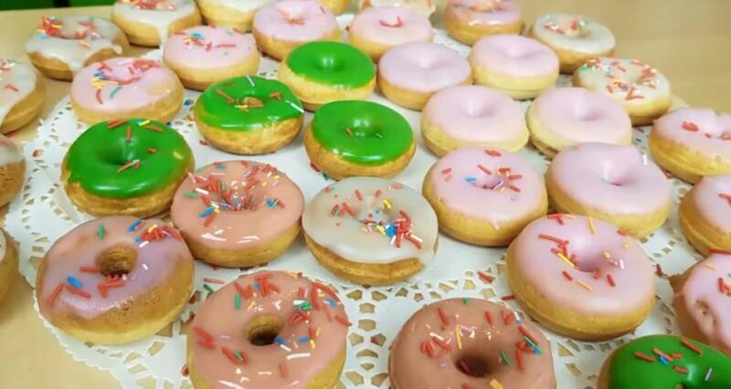 Как приготовить пончики быстро и легко в домашних условиях