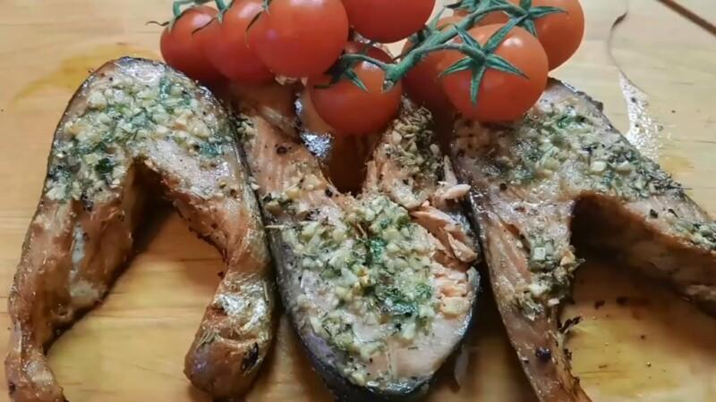 Кета в духовке в сливочном соусе — простой и вкусный рецепт, чтобы была сочная