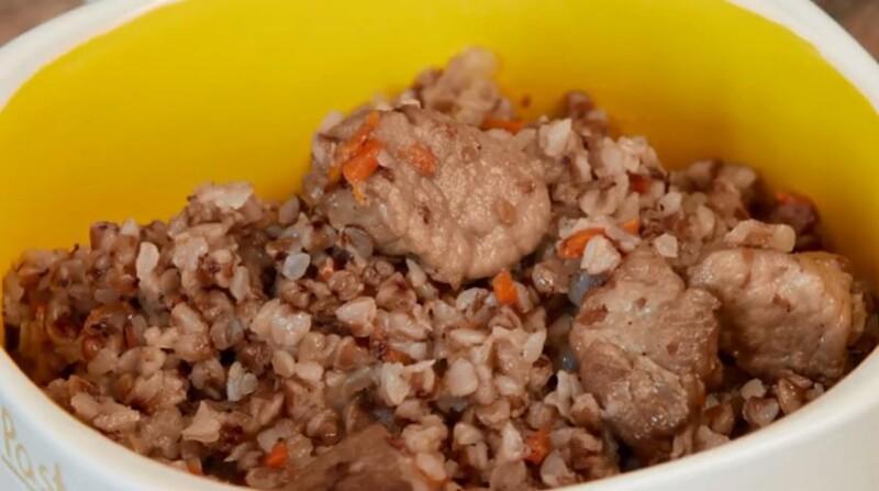 Рецепт гречки по-купечески со свининой в духовке