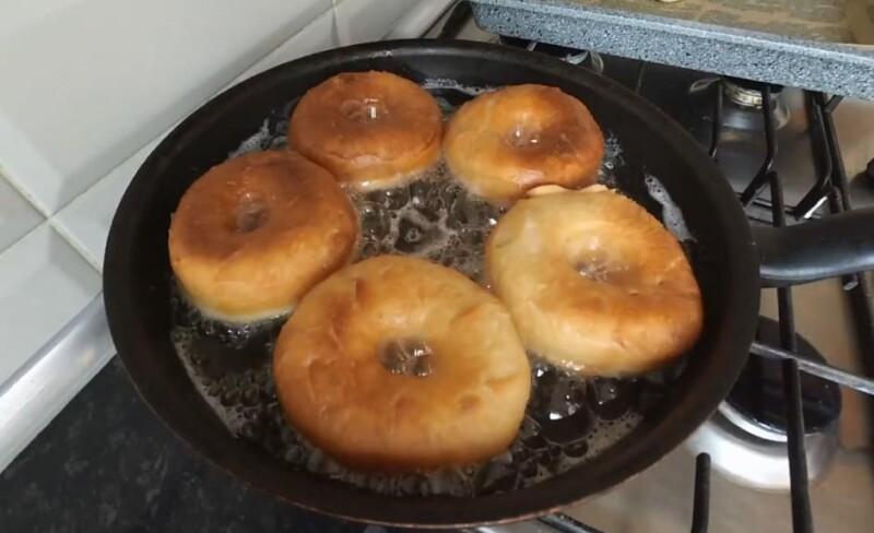 обжарить пончики американские