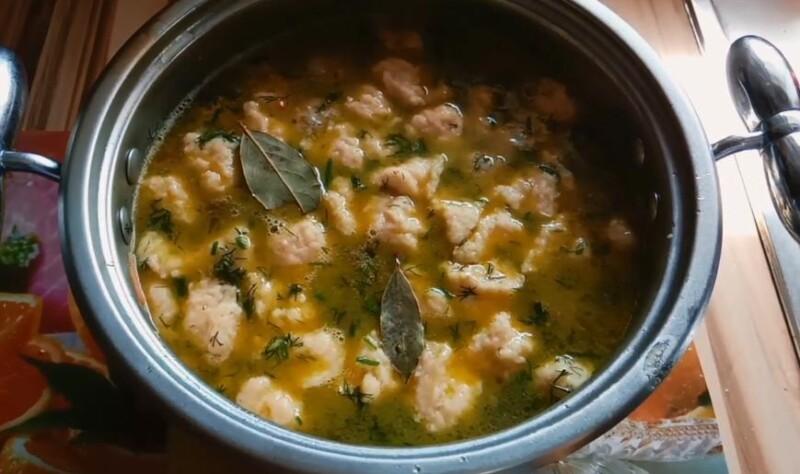 Рецепт супа с фрикадельками, клецками и яйцом