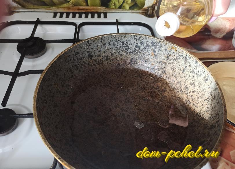 Быстрый рецепт оладий на кефире — пышные без дрожжей