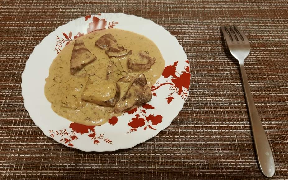 Рецепт куриной печени в сливочно-чесночном соусе на сковороде